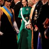 Prinzessin Sofia trägt ein langes grünes Kleid und ein Diadem, das man an ihr bislang nicht kannte.