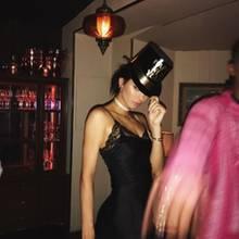 Kendall Jenner sendet sexy Grüße zum neuen Jahr.