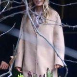 Gwyneth Paltrow kommt mit ihrem Freund Brad Falchuk zur Gedenkfeier für Debbie Reynolds und Carrie Fisher.