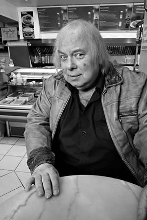 """Franz Jarnach (†): Die """"Schildkröte"""" aus der Comedy-Serie """"Dittsche"""" ist tot"""