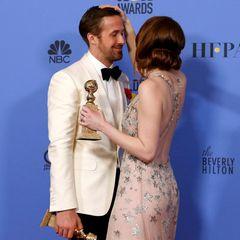 """Ryan Gosling und Emma Stone sind mit ihrem Film """"La La Land"""" die Abräumer des Abends. Der Film ist in sieben Kategorien nominiert und schafft es in allen auch zu gewinnen."""