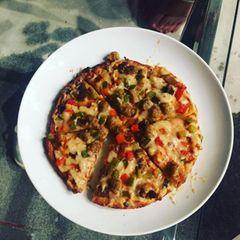 """""""Wenn du um Mitternacht nach Hause kommst und das so lecker für dich aussieht ..."""", kommentiert Diane Kruger voller Heißhunger das Foto ihrer üppig belegten Pizza."""