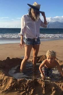 11. Januar 2017   Ein Tag am Meer: so verbringen Fergie, Josh und Sohnemann Axl den achten Hochzeitstag und versprühen Liebe mit ihren tollen Fotos.