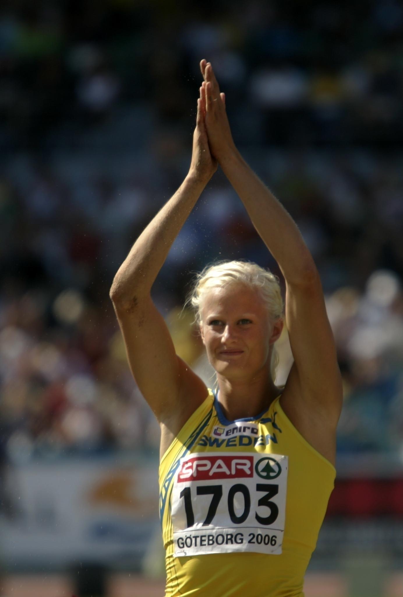 Carolina Klüft war als Leichtathletin sehr erfolgreich. Sie gewann sogar eine Goldmedaille bei den Olympischen Spielen 2004 in Athen.
