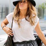 Jennifer Lopez gehört zu den Hollywood-Stars. die das Tragen von Hüten wieder populär gemacht haben.