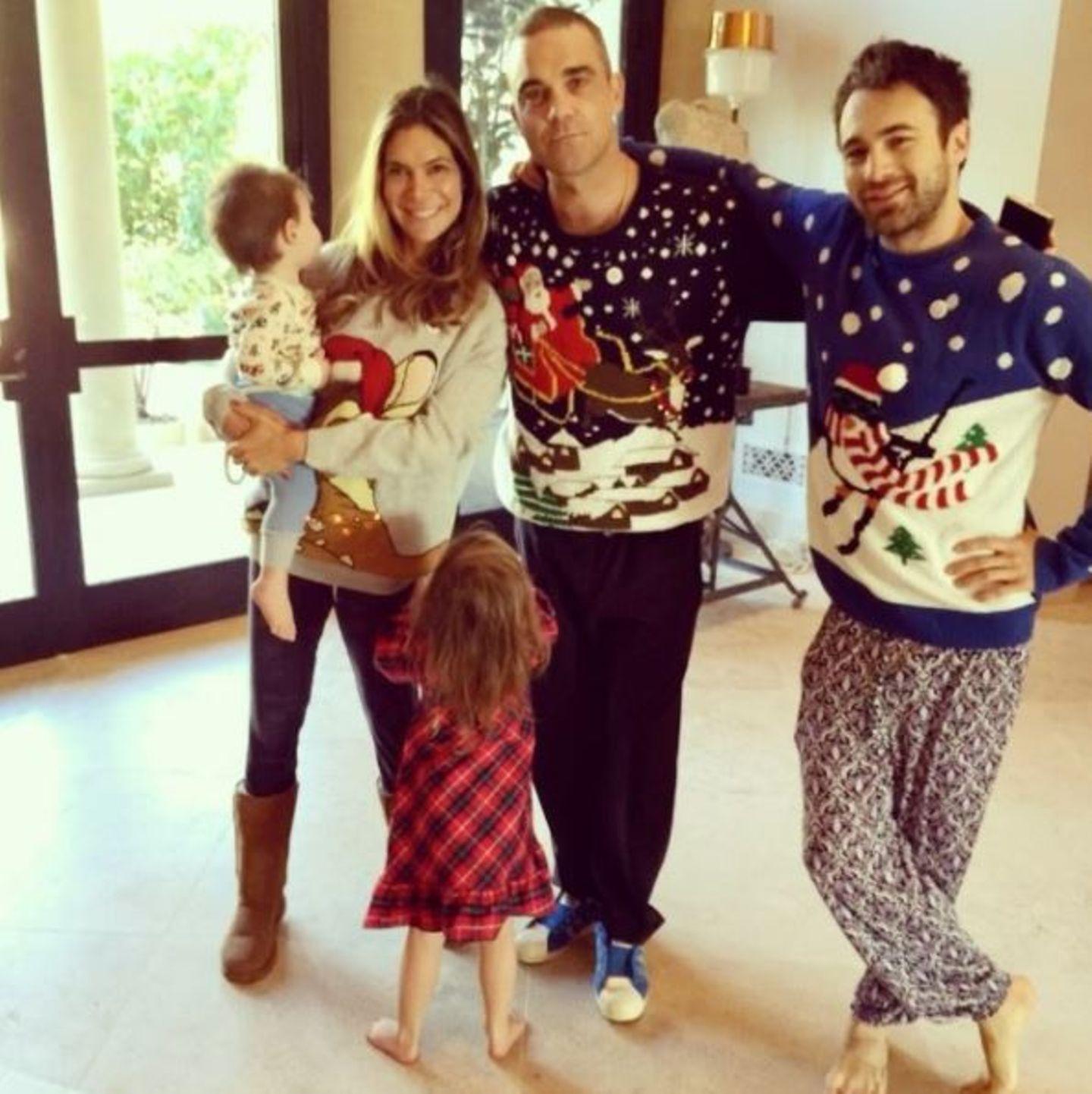 Dezember 2016   Der Weihnachtsmorgen bei den Williams: Bunte Weihnachtspullis und noch im Pyjama.