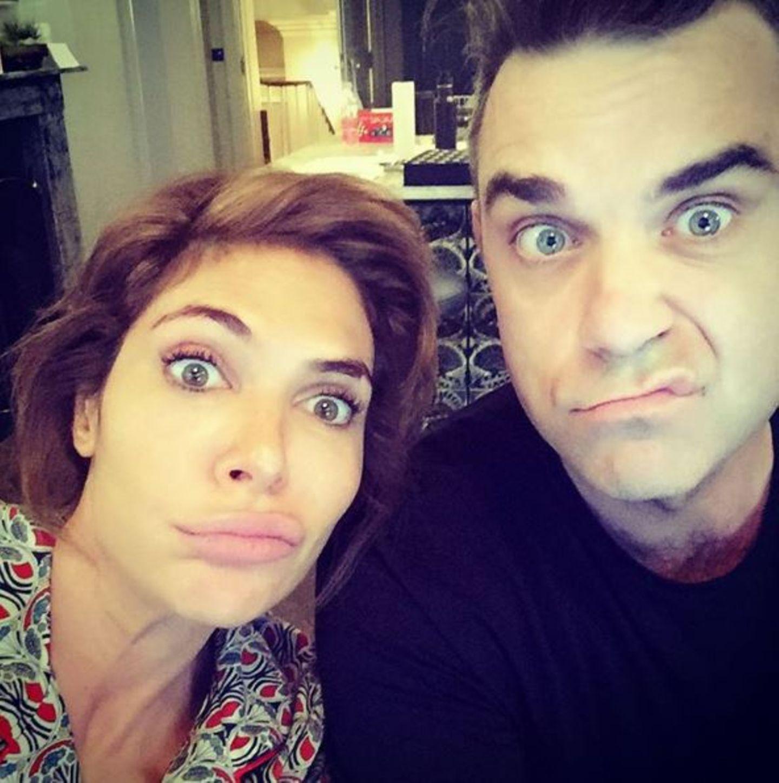 Januar 2017   Der Tag nach der großen Silvesterfeier ist auch bei Robbie und Ayda ein Tag, in dem man im Pyjama bleibt und das Haus nicht verlässt.