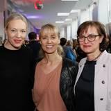 Vanessa Brüske (Comma), Sonja Blömker (Comma) und Susanne Schwenger (s.Oliver) zählen zu den Gästen im Hotel Ellington.