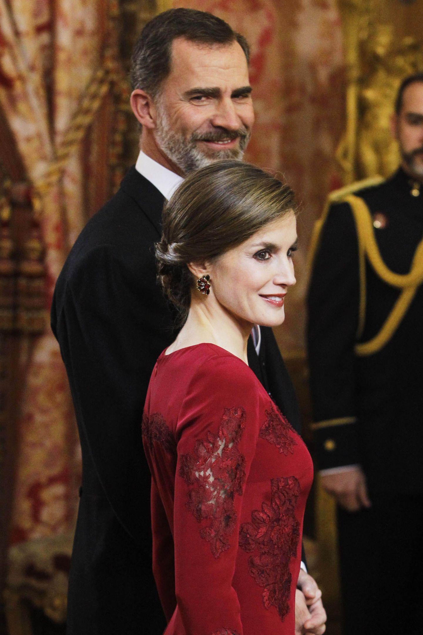 26. Januar 2017  Königin Letizia und König Felipe beim Neujahrsempfang des diplomatischen Corps in Madrid. Das Paar feiert am 30. Januar den 49. Geburtstag des Königs.