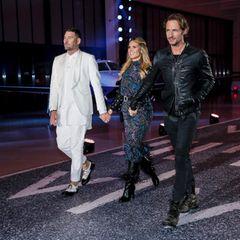 """Zum Stars der 12. Staffel """"Germany's Next Topmodel"""" wird ein Flughafen zum Catwalk umgebaut. Die Jury um Heidi Klum, Michael Michalsky und Thomas Hayo laden 50 Models aus ganz Deutschland ein."""