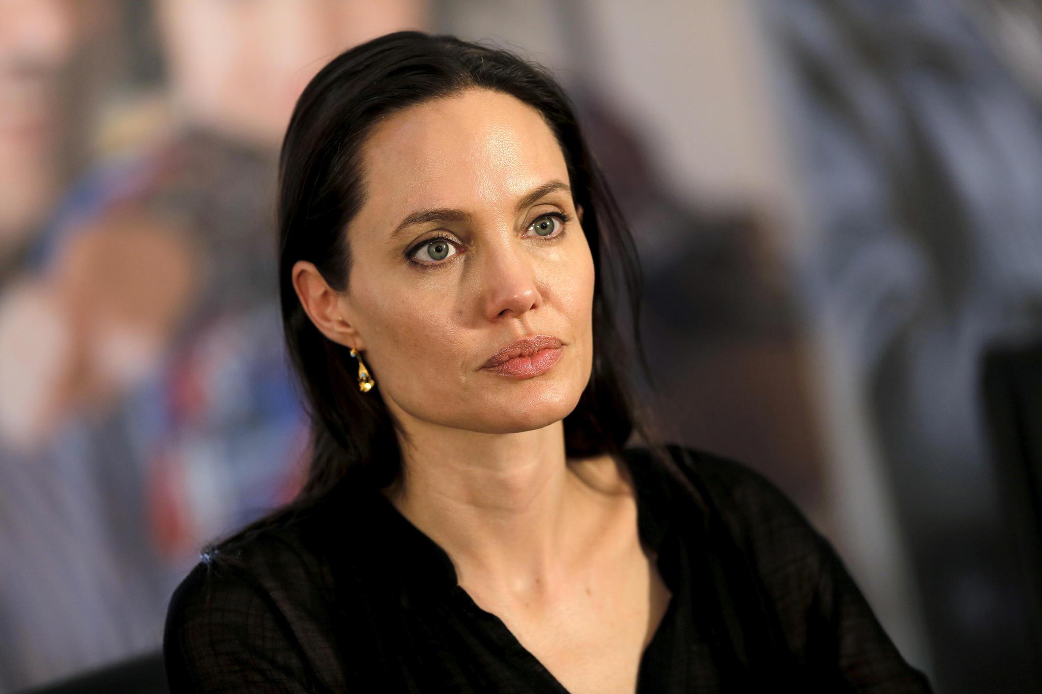 Hat Angelina Jolie Kinder grausam behandelt?