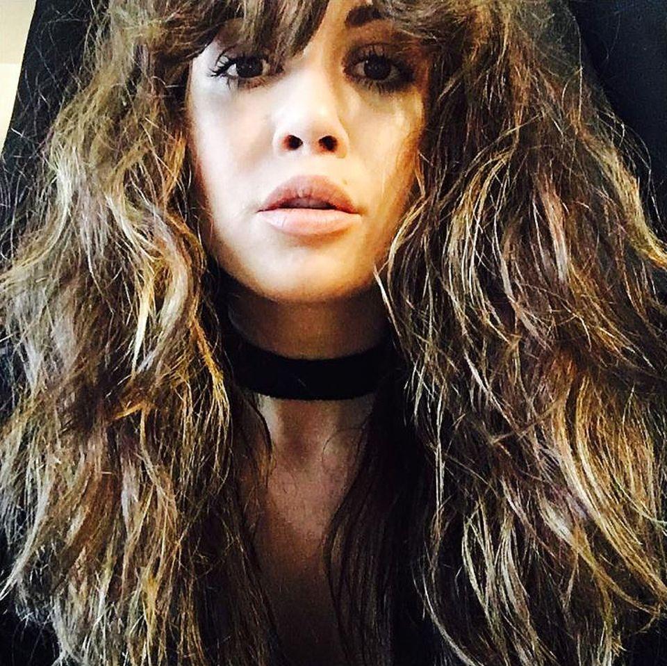 """Sängerin Grace Capristo trägt ihre Haare stets perfekt gestylt. Ziemlich wild hingegen ist dieser Look. Sie selbst scheint diesen Style allerdings zu mögen. Zu diesem Selfie auf Instagram schreibt sie: """"All good things are wild and free""""."""