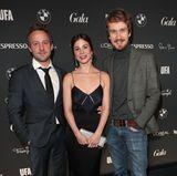 """""""Himmel und Hoelle""""-Darsteller Maximilian Brueckner, Aylin Tezel und Jan Krauter stellen sich den Fotografen."""