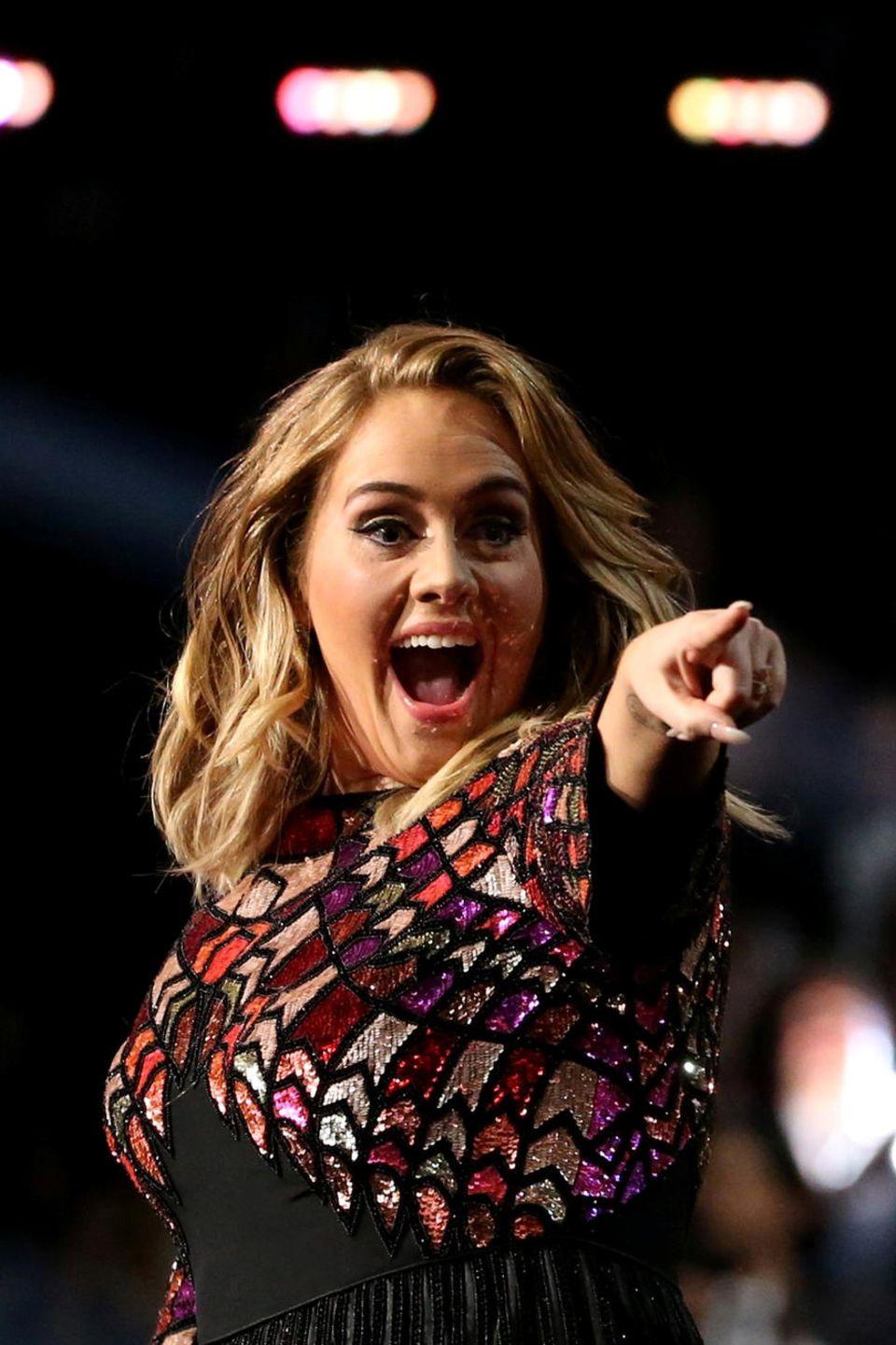 Sängerin Adele hat an diesem Abend allen Grund zur Freude.