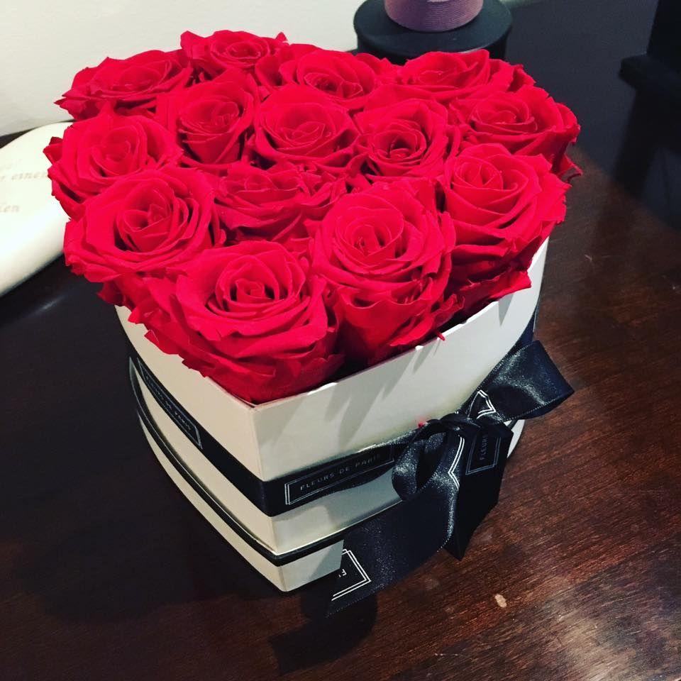 Auch Claudia Effenberg will uns ihr romantisches Valentinstagsgeschenk nicht vorenthalten.