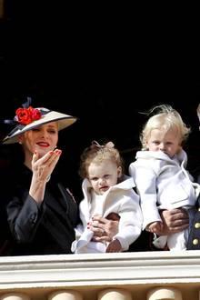 Monacos RoyalesCharlène von Monaco undAlbert II.Prinz von Monaco sind stolze Eltern von den ZwillingenJacques und Gabriella.