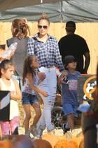 Emme und Maximilian heißen die Zwillinge von Jennifer Lopez und Marc Anthony.