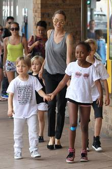Zwillinge Vivienne und Knox (links) sind die beiden jüngsten Sprösslinge von Angelina Jolie und Brad Pitt.