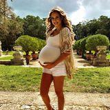 Die hochschwangere Alessandra Meyer-Wölden zeigt sich tiefenentspannt vor der Zwillingsgeburt.
