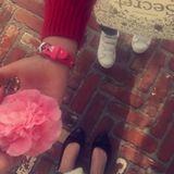 Ob Miranda Kerr die hübsche Blüte wohl von Söhnchen Flynn geschenkt bekommen hat?