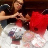 Jessica Alba freut sich über die Geschenke von ihrem Mann Cash Warren.