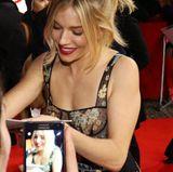 Auch Sienna Miller ist am roten Teppich ein beliebtes Fotomotiv.