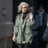 Neu-Blondine Katy Perry ist nur einer der Star-Gäste der Open-Air-Show von Marc Jacobs in der Park Avenue Armory in New Yorks Upper East Side.