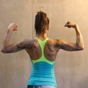 Raten Sie mit: Welcher 45-jährigen Powerfrau gehört dieser muskulöse Rücken?