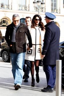 25. Februar 2017  Am Tag nach der Preisverleihung schlendern George und Amal Hand in Hand durch die Stadt der Liebe.