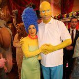 Der Bayerische Finanz- und Heimatminister Markus Söder hat sich bei der Jubiläumsveranstaltung der Fastnacht in Franken als Homer Simpson verkleidet, seine Frau Karin geht natürlich als dessen Frau Marge.