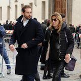 Tomaso Trussardi und seine Mutter Maria Luisa betreten den Duomo di Milano. Tomasos Frau Michelle Hunziker war allerdings nicht dabei.