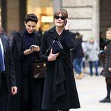 Carla Bruni-Sarkozy hat noch ein wichtiges Telefonat zu führen.