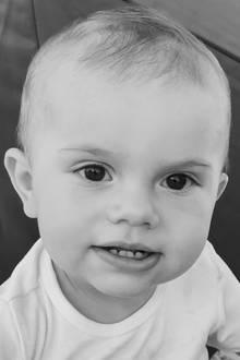 2. März 2017  Happy Birthday, kleiner Prinz. Heute feiert Prinz Oscar seinen 1. Geburtstag und zu diesem Anlass veröffentlicht das schwedische Königshaus ein neues Foto des süßen Sprösslings. Aufgenommen hat das Bild Mama Prinzessin Victoria.