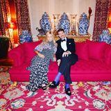 Kronprinzessin Marie-Chantal von Griechenland, Prinzessin von Dänemark, ist die Ehefrau des griechischen Thronfolgers im Exil Paul von Griechenland. Auf Instagram lässt die Kindermoden-Designerin ihre Follower an ihrem Glamour-Leben zwischen Royal und Fashionista teilhaben.