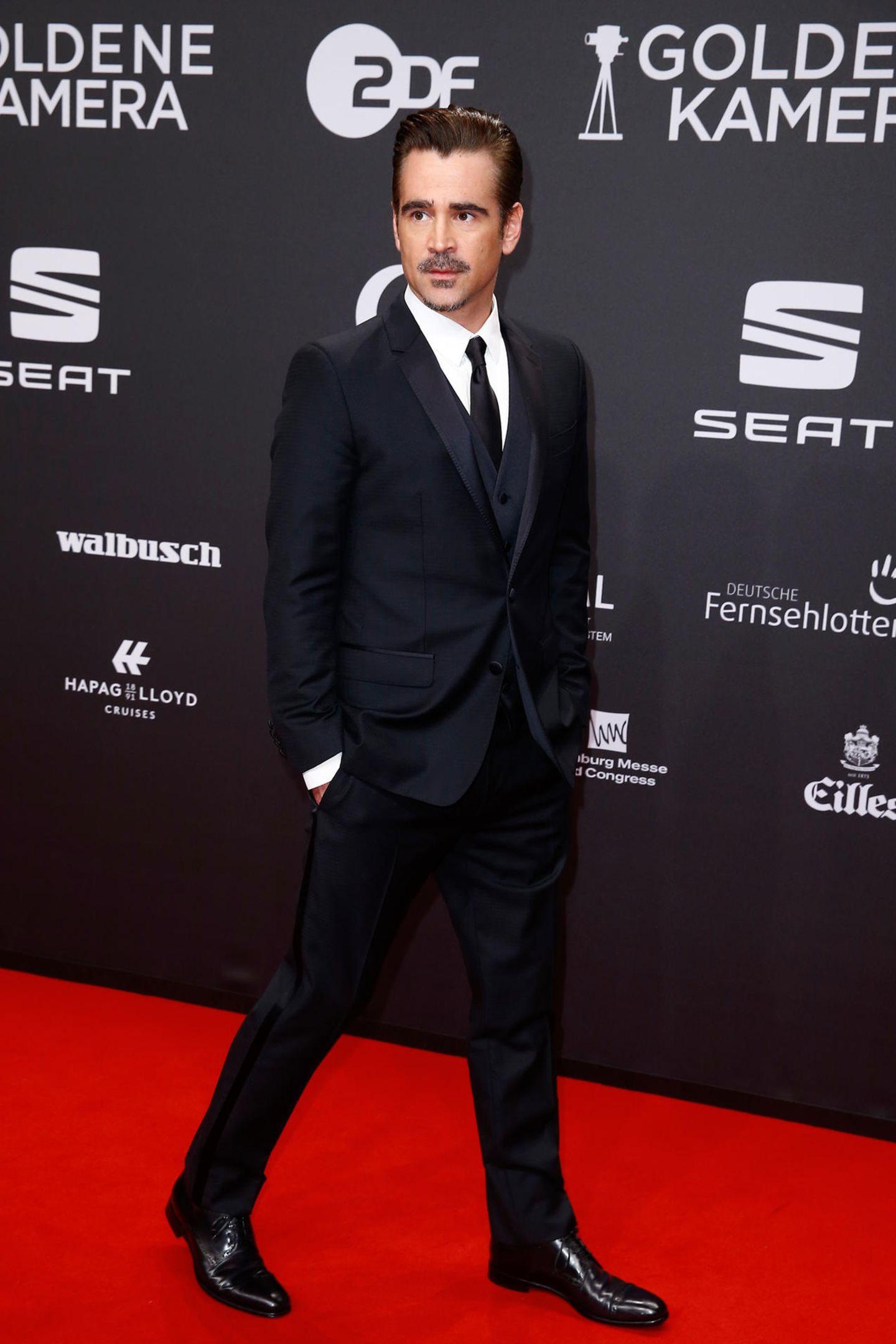 Colin Farrell verleiht der Show internationales Flair.