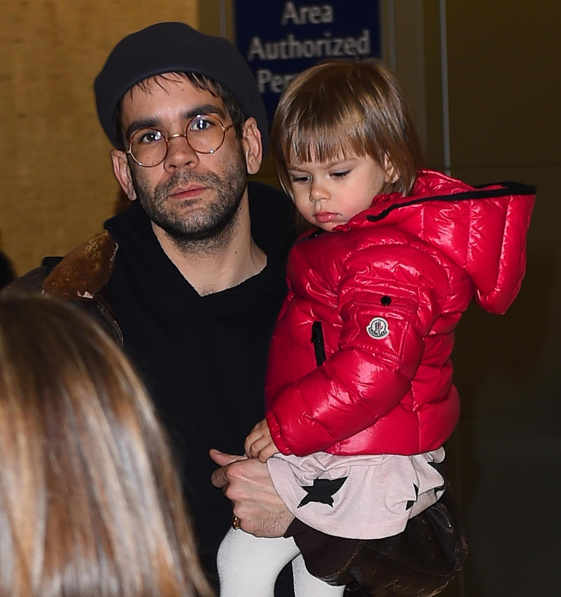 Romain Dauriac mit Tochter Rose Dorothy