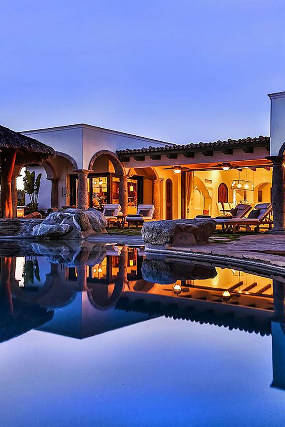 7. März 2017  TV-Star Julianne Hough feierte ihren Junggesellinnenabschied in einer sündhaftteuren Ferienwohnung in Mexikos Cabo San Lucas.