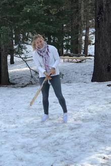 Ob Angelique Kerber dieses Stück Holz wohl als Tennisschläger umfunktioniert, oder doch als Feuerholz nutzt?
