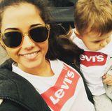 Süßer Mutter-Sohn-Partnerlook: Sarah Lombardi und Söhnchen Alessio mit passenden Logoshirts von Levi's.