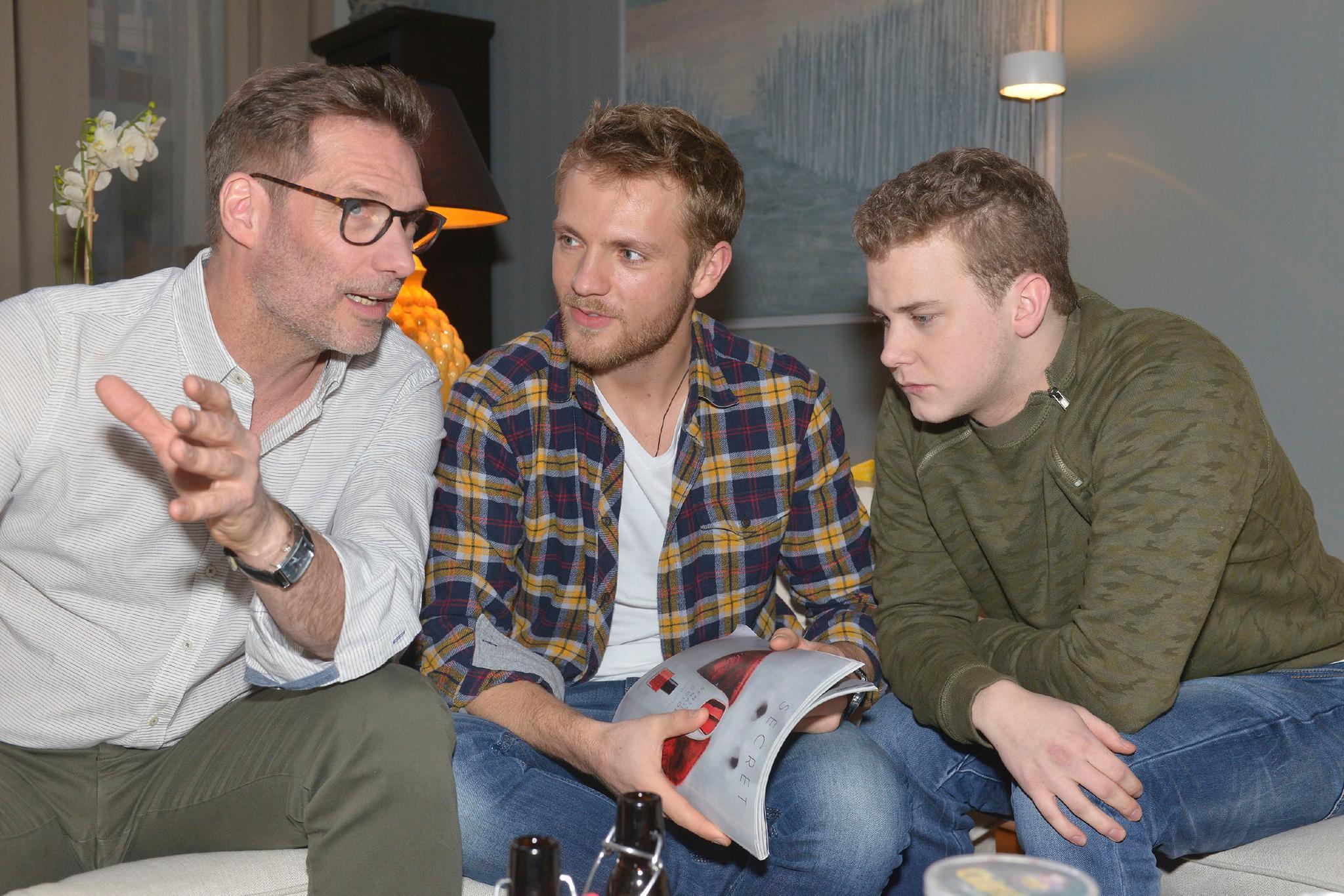 Alexander (Clemens Löhr), Paul (Niklas Osterloh) und Jonas (Felix van Deventer)