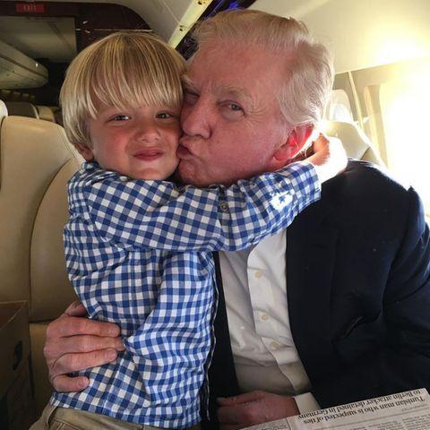 Tristan Trump mit seinem Großvater Donald Trump