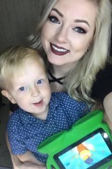 Jessica und Sohn Pierson.