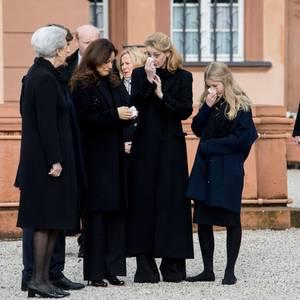 Der Schmerz sitzt tief bei Prinzessin Benedikte, Carina Axelsson, Prinzessin Alexandra zu Sayn-Wittgenstein-Berleburg,Gräfin Ingrid von Pfeil und Klein-Ellguth