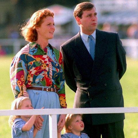 Herzogin Sarah und Prinz Andrew (Archivbild, Mai 1992). Im März 1992 wurde bekannt gegeben, dasssich das Herzogspaar trennt - keine sechs Jahre nach der Hochzeit.