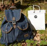 Die Wanderer erhielten einen Jack-Wolfskin-Rucksack und eine Brigitte Lunch-Bag.
