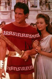 """1959  Steve Reeves und Christine Kaufmann im Film """"Die letzten Tage von Pompeji""""."""