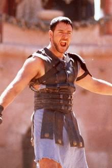 """So sexy kämpfte Russell Crowe im Jahr 2000 im Hollywood-Blockbuster """"Gladiator"""". Neben einer fantastischen Figur erntete er dafür auch einen Oscar."""
