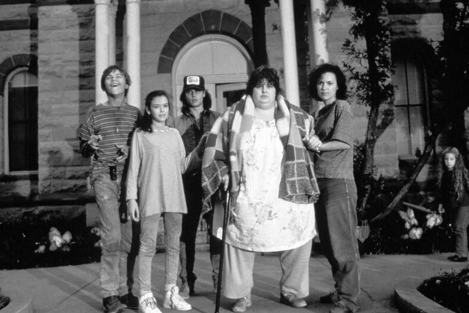 """Leonardo DiCaprio, Laura Harrington,Johnny Depp, Darlene Cates und Mary Kate Schellhardt in """"Gilbert Grape - Irgendwo in Iowa"""""""