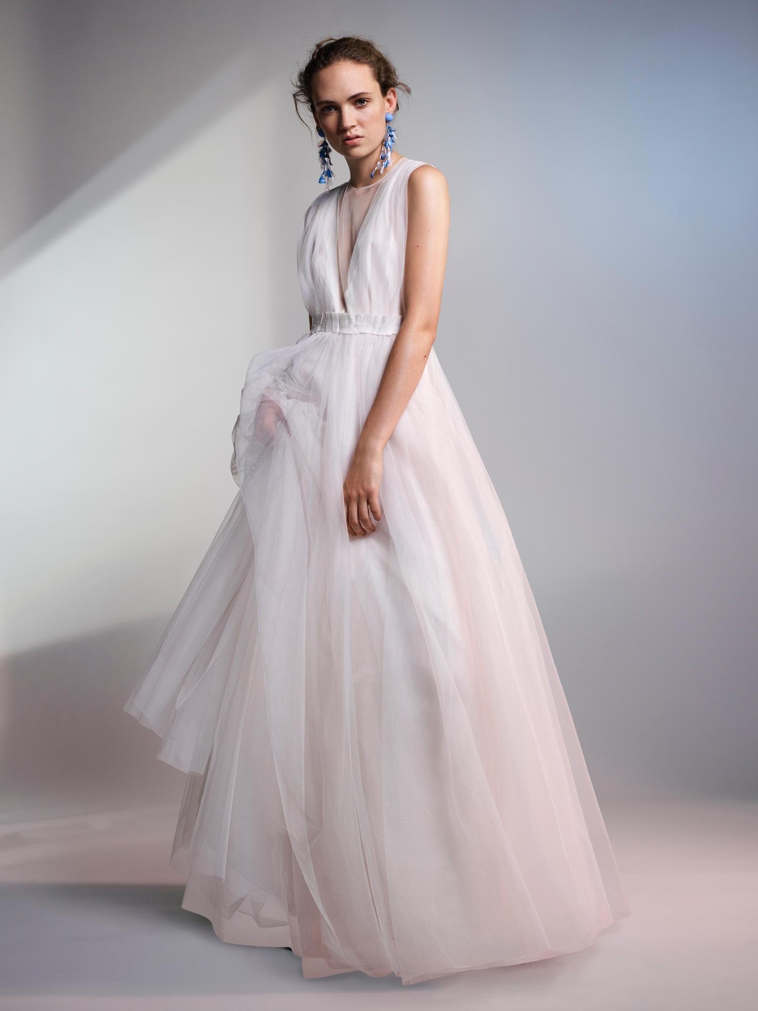 Brautkleider unter 300 Euro: H&M und Asos zeigen günstige ...