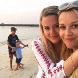 4. April 2017  Goldene Stunde mit den Kids - postet Reese Witherspoon.